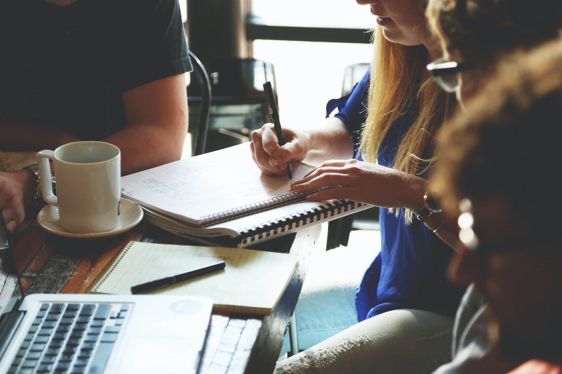 A integração entre as equipes de vendas e marketing foi uma de nossas preocupações.